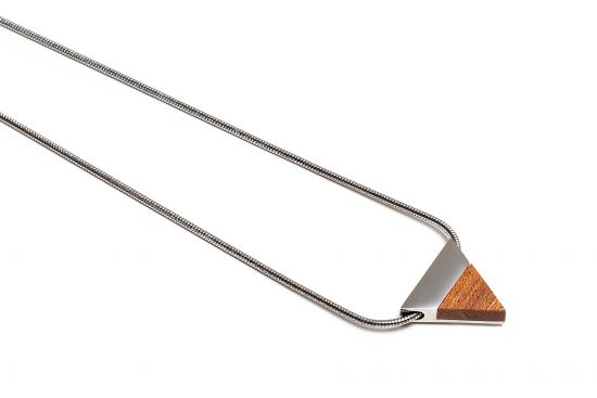 BeWooden - Red Necklace Triangle