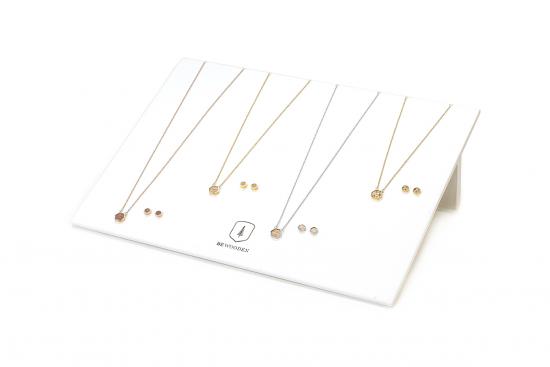 Jewelry Stand - white